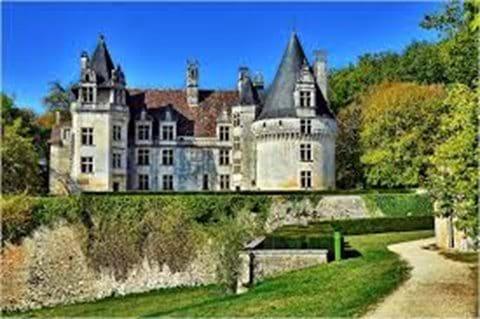 Chateau de Puyguilham