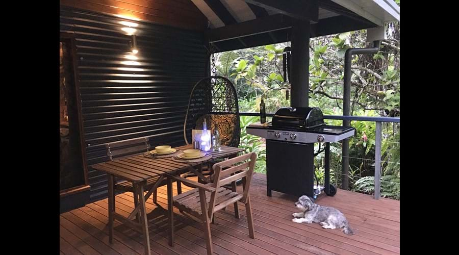 Large undercover deck area for dining & relaxing.