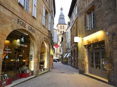 Another view of Sarlat town