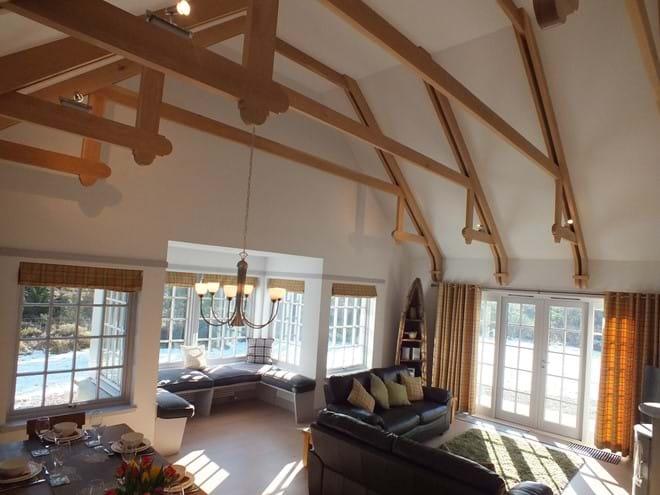 Oak beams and High Ceiling
