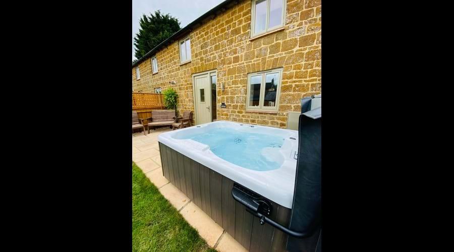 The Cow Byre Hot Tub