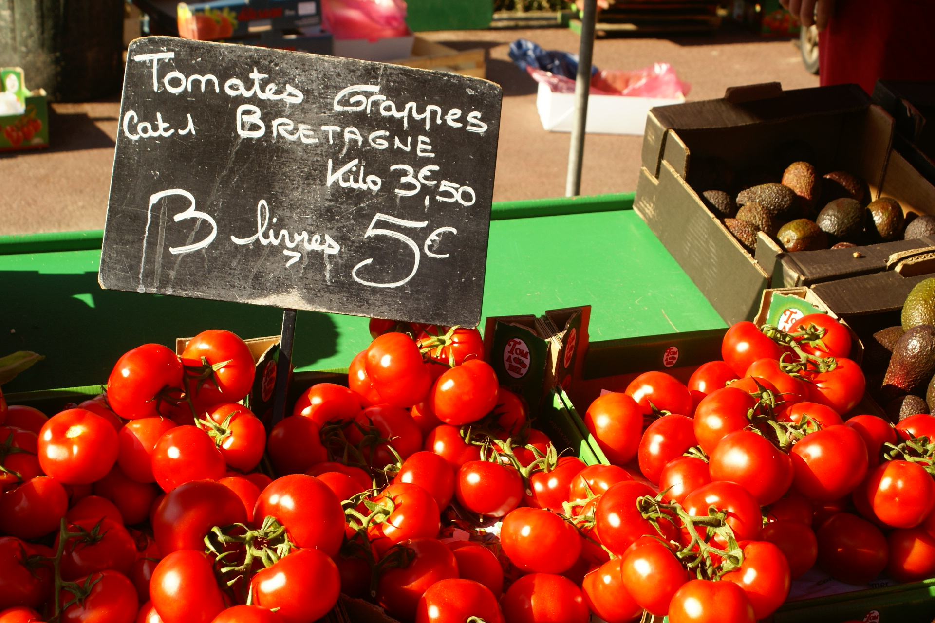 Tomatoes dold by the livre (pound) at a Normandy market