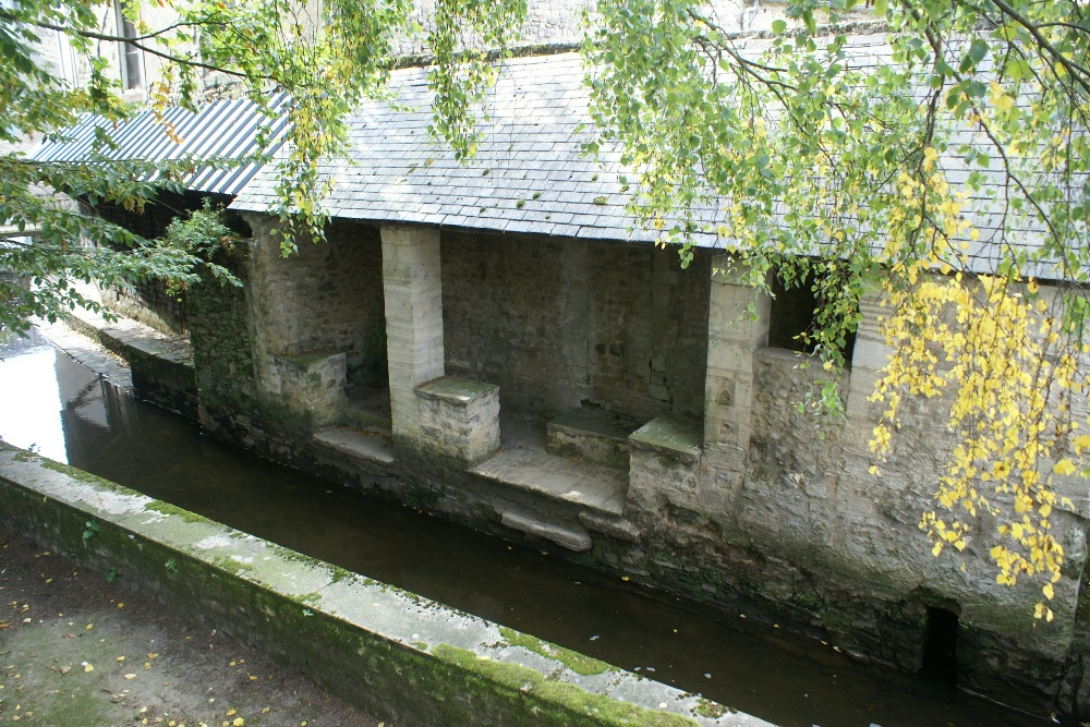 Wash house in Bayeux, Normandy - Lavoir à Bayeux, Normandie
