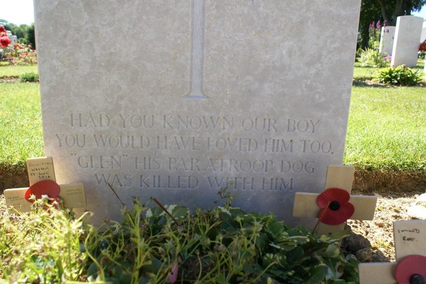 Inscription on the gravestone of Private Emile Corteil