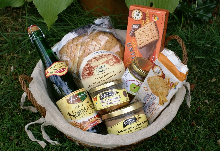 Hamper for early ird bookings at Eco-GItes of Lenault, Normandy