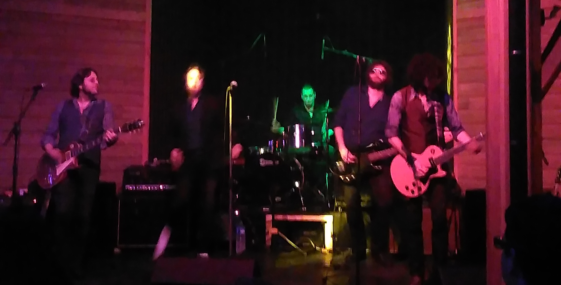 THE MAIN STREET NEGRITAS tribute bsnd to The Rolling Stones