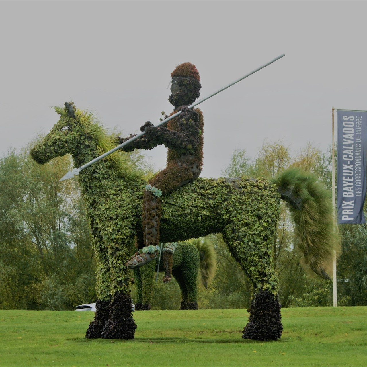 Floral knight at Bayeux
