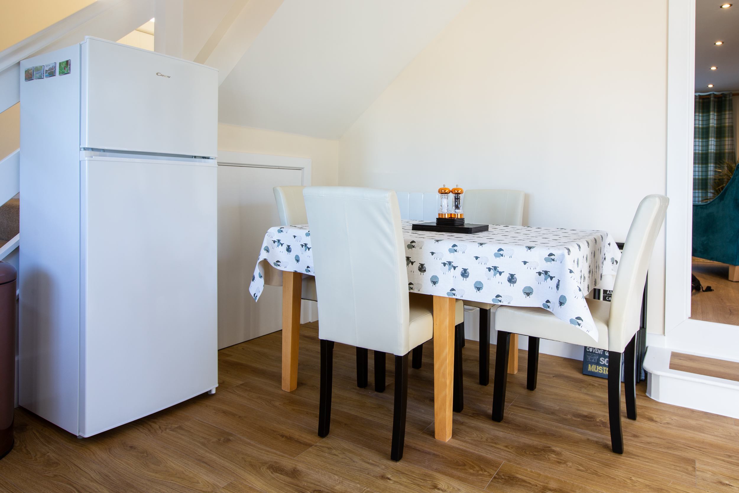Plenty of space for 4 to dine in comfort