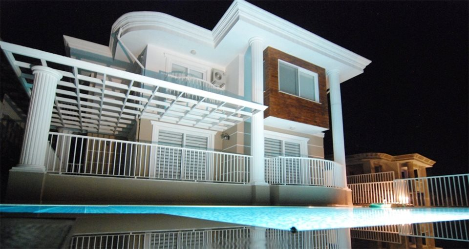 A small turkish resort the location of these luxury for Luxury mediterranean villas