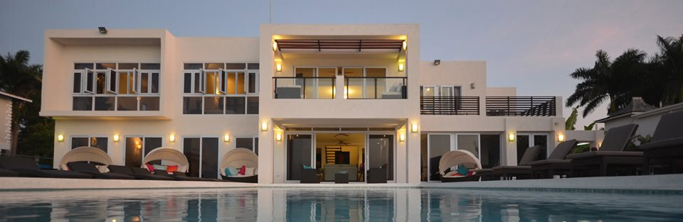 Modern beach villa montego bay jamaica dreamtime for Modern house design jamaica
