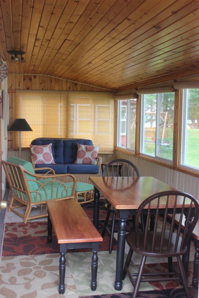 KT Paradise Hollow Porch