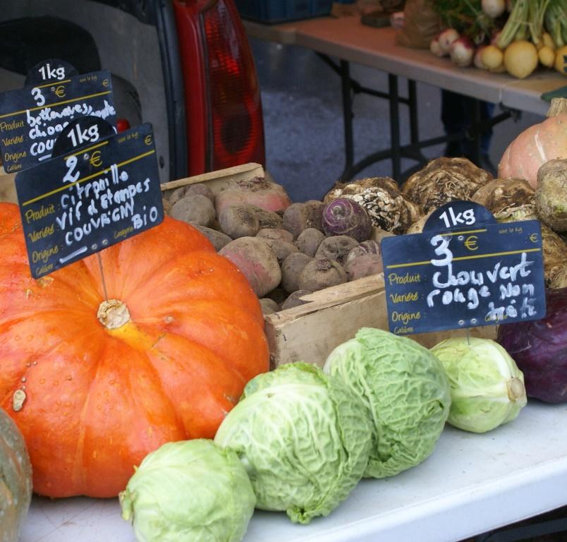 Organic market stall, Normandie - Marché bio, Normandie