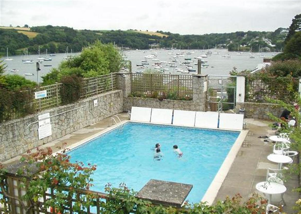 Holiday Cottages Helford Passage Cornwall
