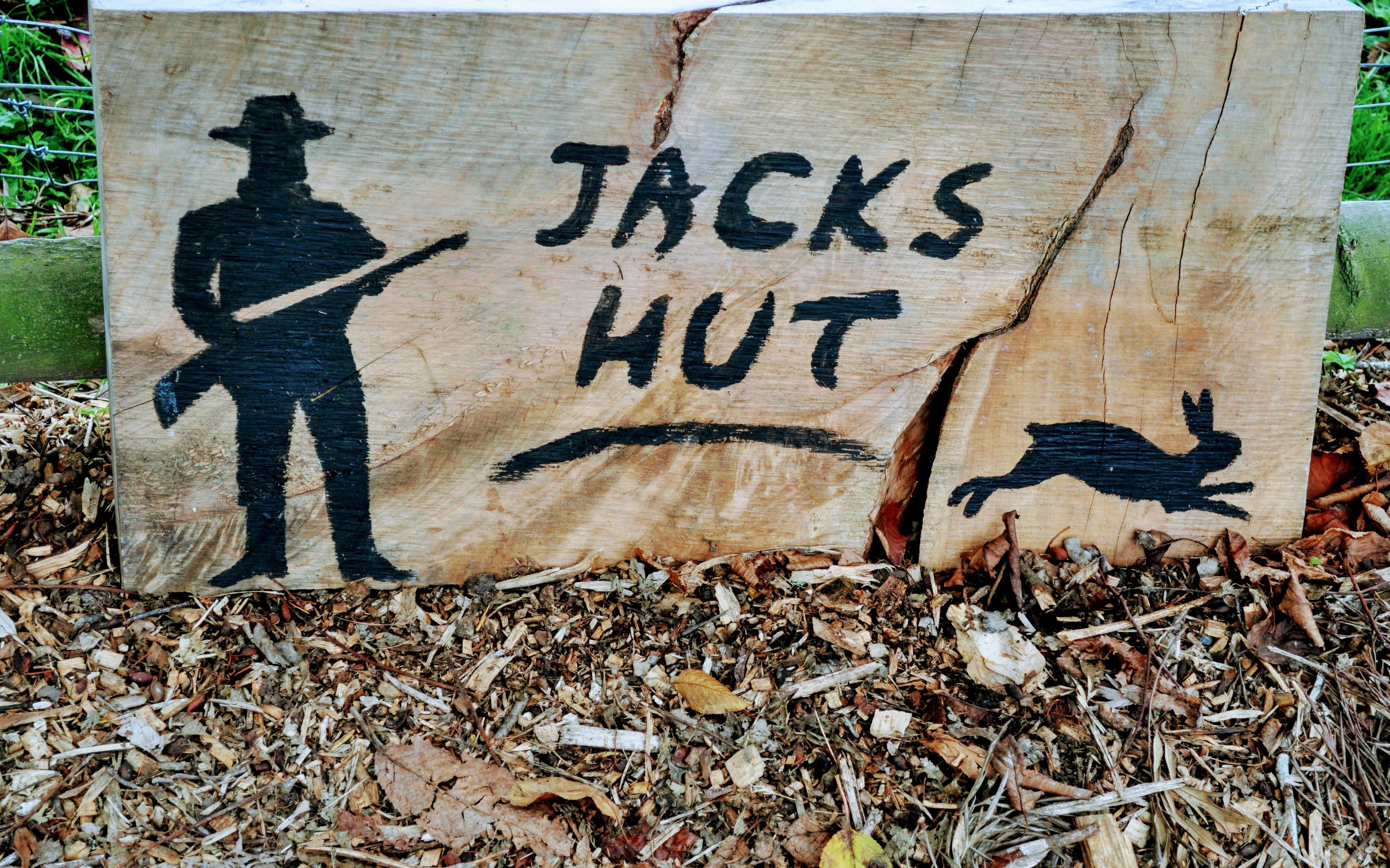 Jacks hut, glamping at lake tarawera