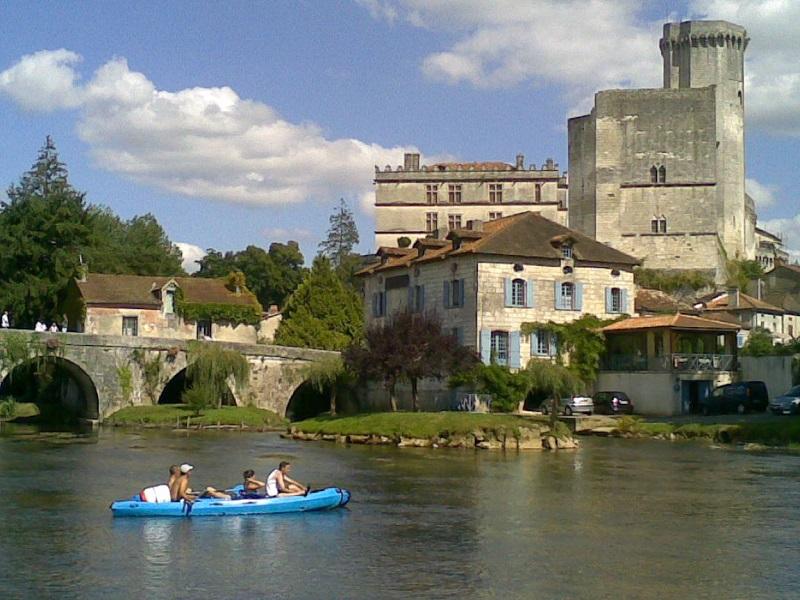 Canoes Bordeilles