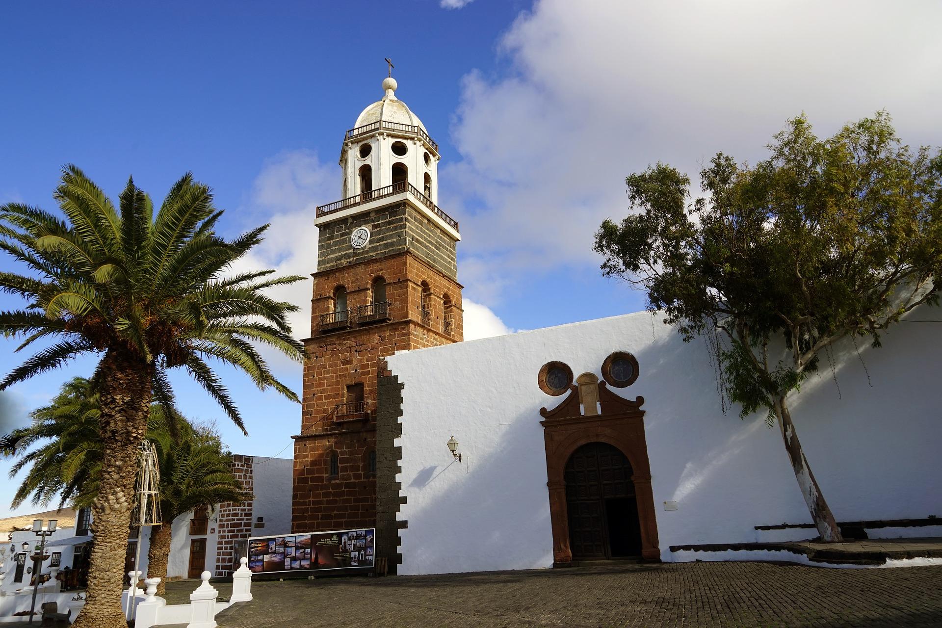 Plaza de Leon, Teguise, Lanzarote
