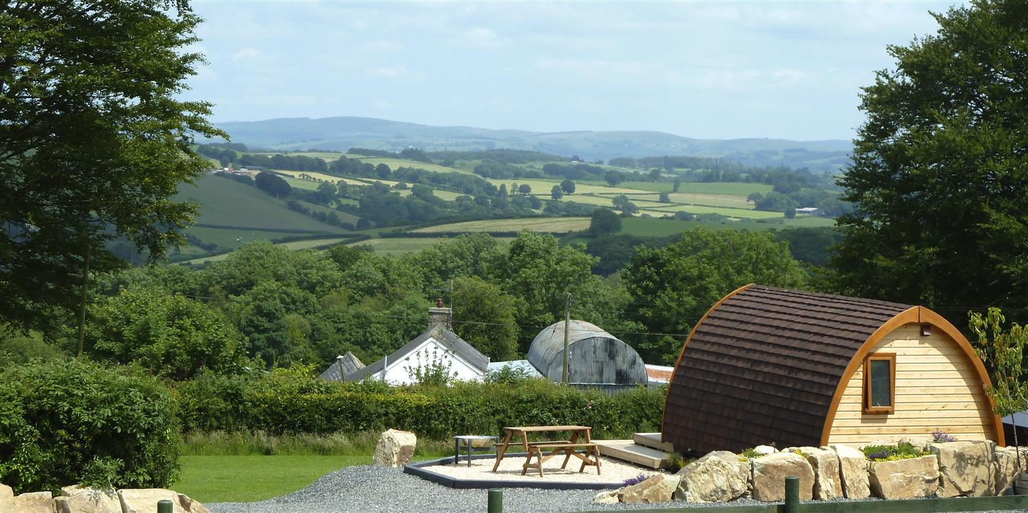 Luxury Modern Cottage Glamping Mega Pods And Static